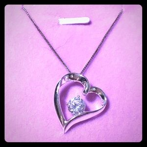 """Fab 1 carat CZ .925 heart and 18"""" Sterling chain🦋"""